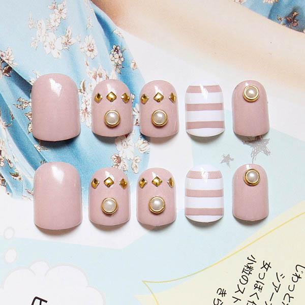 เล็บมือสีชมพูงานสวยสไตล์ญี่ปุ่น