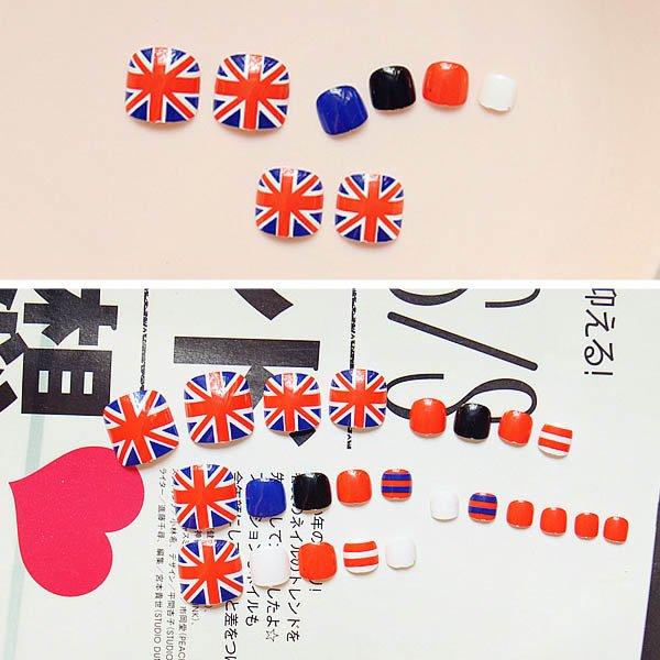เล็บเท้าลายธงอังกฤษสีแดงตัดน้ำเงินสีสวยเก๋เท่ห์มีสไตล์