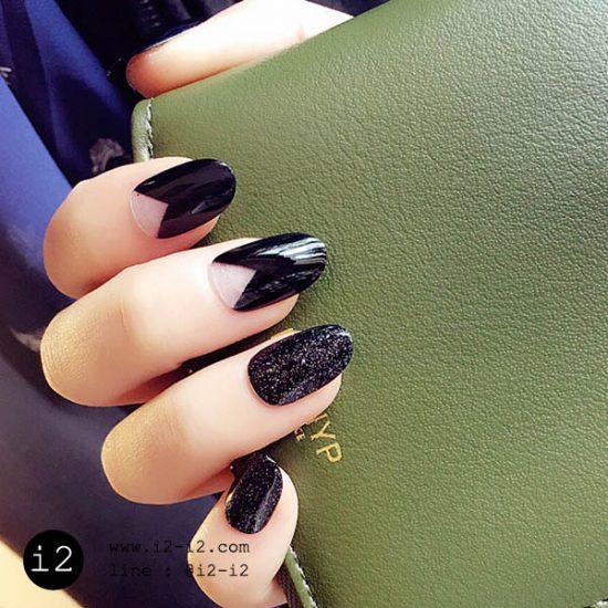 เล็บปลอมแฟชั่นเล็บมือโทนสีดำแนวสวยเท่ห์