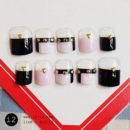 เล็บปลอมแฟชั่นสีชมพูดำเพ้นท์หลายสวยหวานเท่ห์แบบทันสมัย